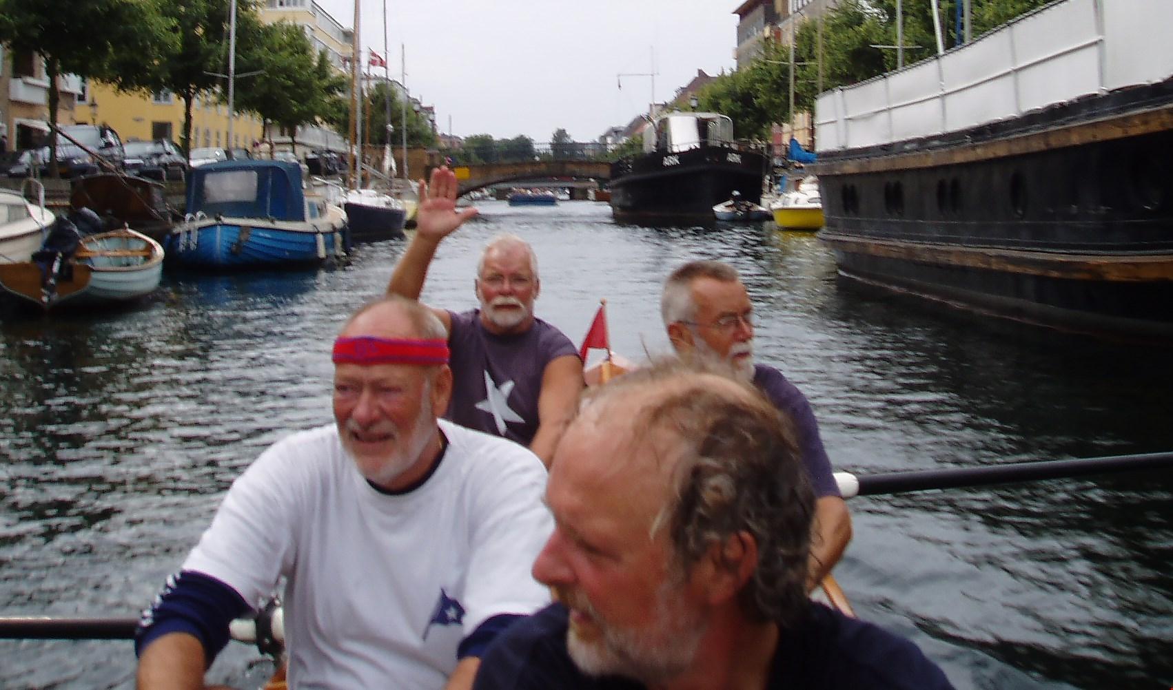 Æresmedlem Henning Hansen er død