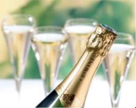 Find nye roere – familie, venner, kolleger – og vind champagne