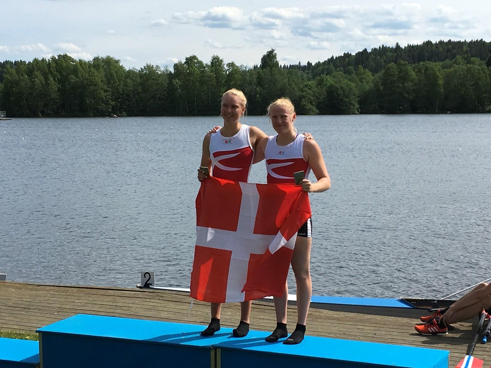 Mette Køchs, Aarhus Roklub og Liane Vestergaard, Hadsund Roklub har vundet NM i dobbeltsculler.